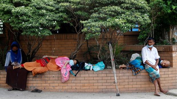 বাংলাদেশে করোনার টিকা দেওয়া শুরু হচ্ছে ফেব্রুয়ারিতে