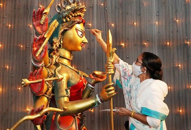 201021_Durga_Puja_1000.jpg