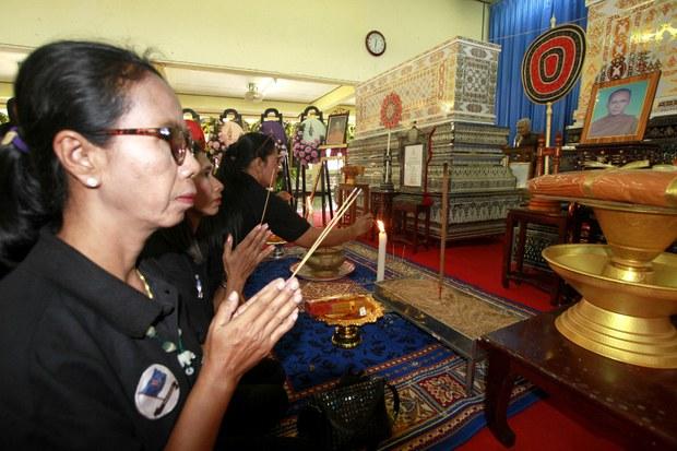 190122-TH-monk-funeral-1000.JPG