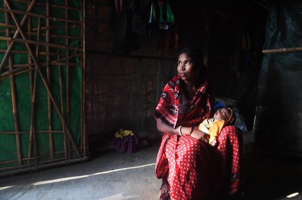 190912-BD-Rohingya-Hindu-woman-1000.jpg