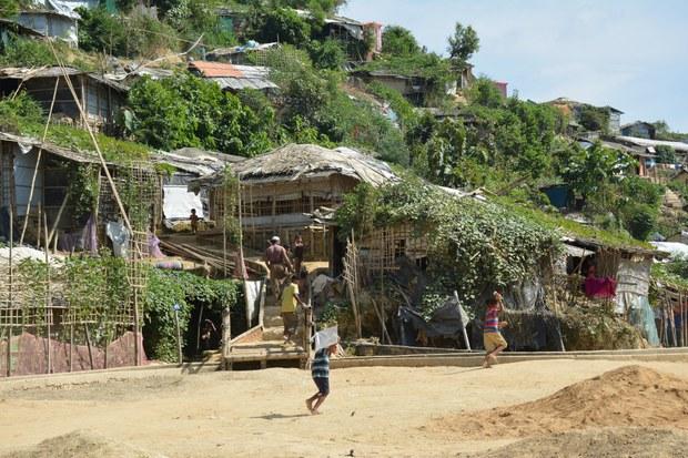 200409-BD-Rohingya1000.jpg