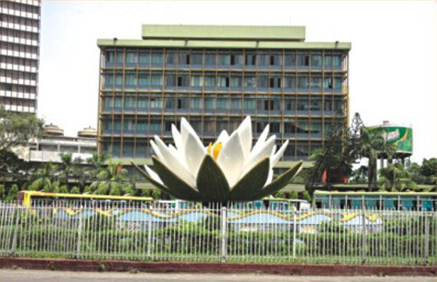 160329-bangladesh-bank-620.jpg