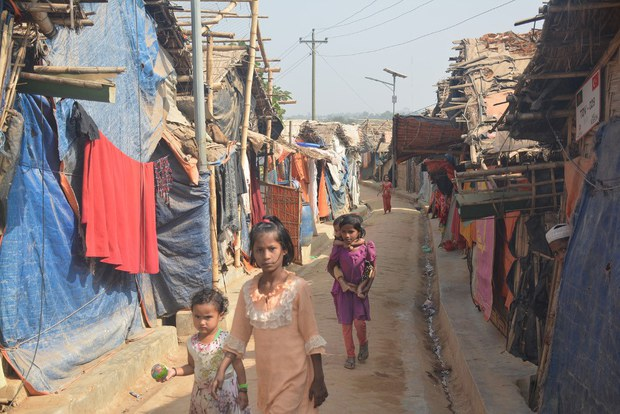 UN Refugee Agency Raises $340M to Assist Rohingya in Bangladesh