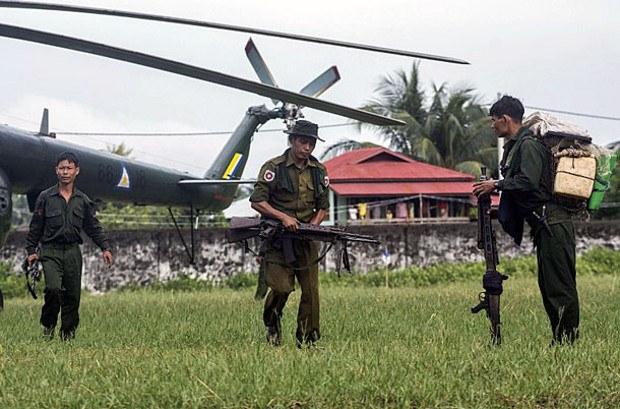 161010-BU-BD-border-guards-620.jpg