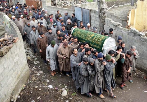 180227-IN-Kashmir-620.jpg