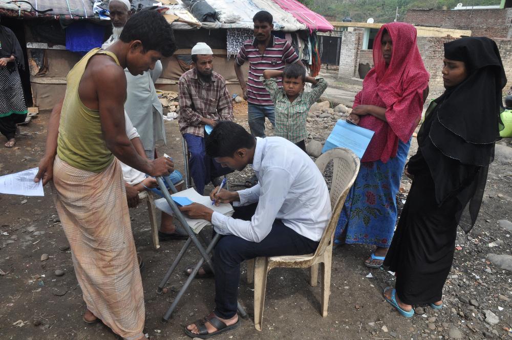 India Considers Deporting 40,000 Rohingya Refugees