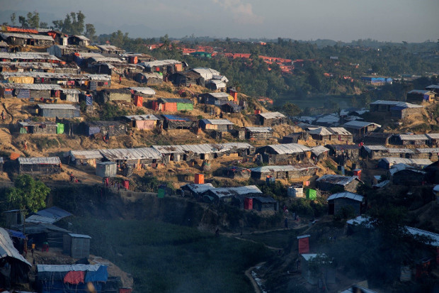 A refugee camp in Ukhia, Bangladesh shows some of the shelters that U.N. officials say could be devastated by mudslides and heavy rains during the upcoming monsoon, Nov. 13, 2017. [AP]