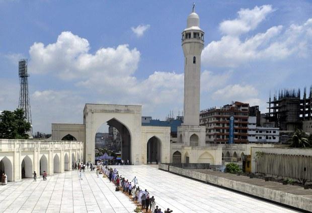190512_Mosque_620.jpg
