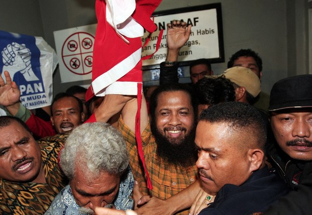 Rights Activists Slam Indonesian President for Awarding Medal to Timor Ex-Militia Leader