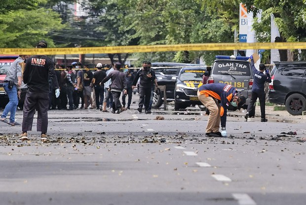 2 Suicide Bombers Behind Makassar Church Attack, Indonesian Security Minister Says