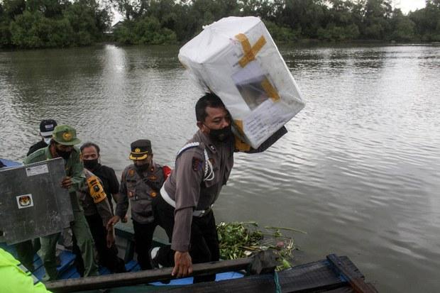 Indonesia: Millions Expected to Vote in Local Polls despite COVID-19