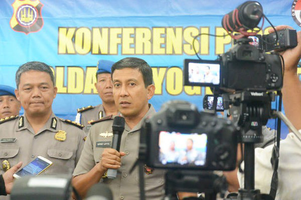 Yogyakarta Police Chief Ahmad Dhofiri speaks to reporters about Sunday's attack, Feb. 12, 2018. (Kusumasari Ayuningtyas/BenarNews)
