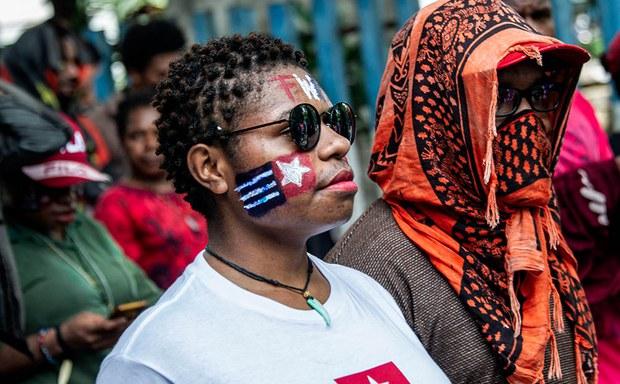 Papua-head-1000.jpg