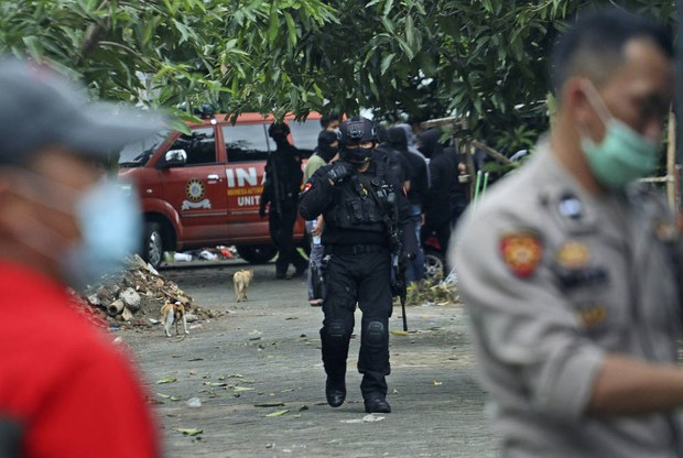 Indonesian Police Kill 2 JAD Suspects with Alleged Ties to Philippine Bombing