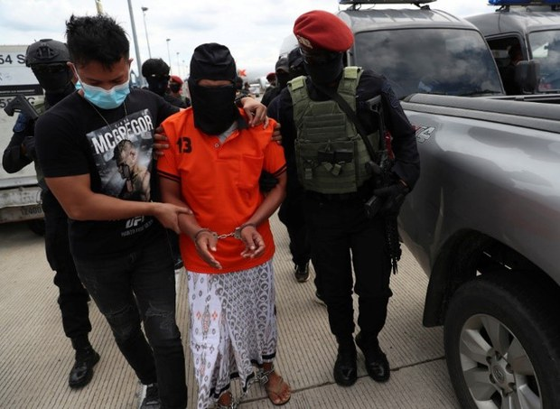 Indonesian Police Catch 48 Suspected Islamic Militants in Nationwide Dragnet