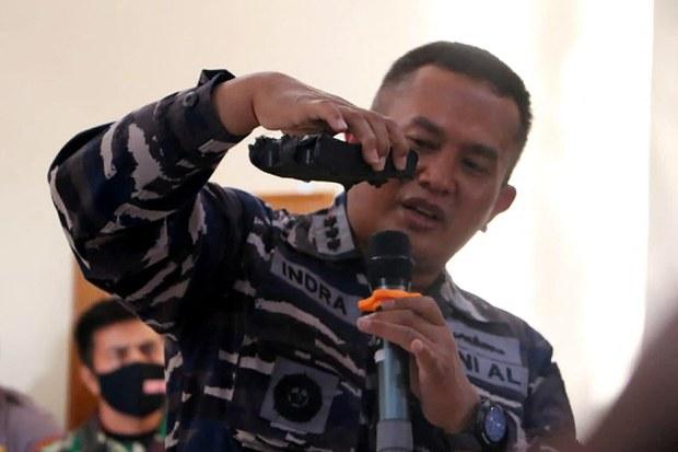Indonesian Military Says Missing Submarine Sank