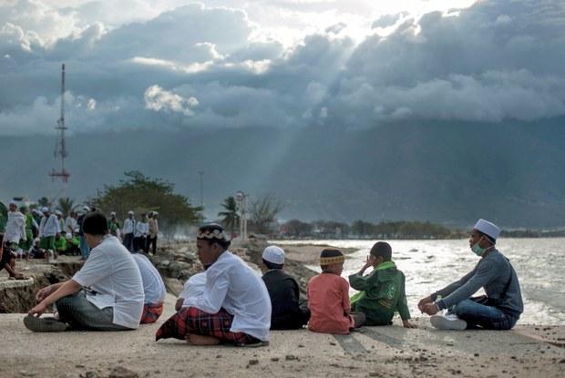 181222-ID-tsunami-620.jpg