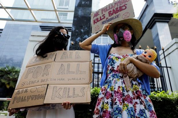 Indonesian Court Finds Jokowi Negligent in Jakarta Air Pollution Case