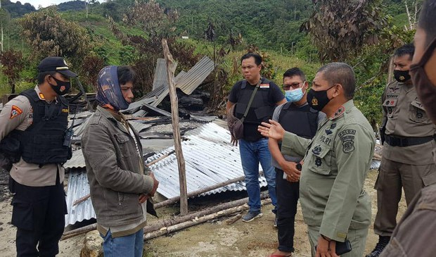 Police Hunt for MIT Suspects in Deadly Attack on Central Sulawesi Village
