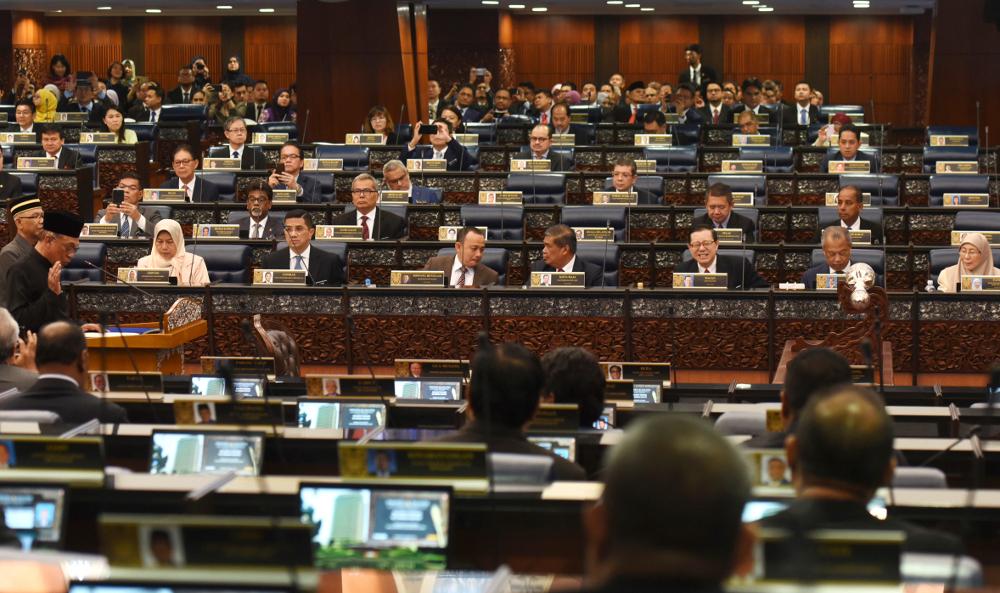 Malaysia: Coalition Partners Ready to Desert UMNO Over 'Racial Remarks' — BenarNews