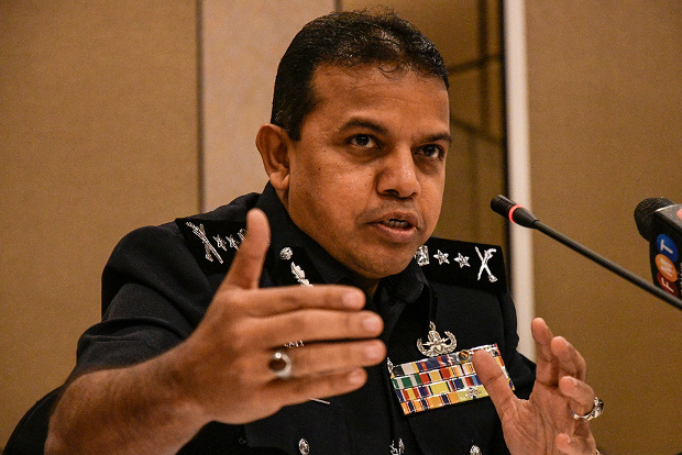Malaysian counter-terrorism chief Ayob Khan Mydin Pitchay speaks to reporters at the financial crime conference in Kuala Lumpur, Nov. 5, 2019. [S. Mahfuz/BenarNews]
