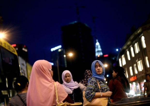 17116-MY-hijab-620.jpg