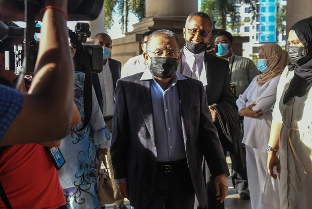 Ex-Head of Malaysian Govt Land Agency Convicted of Corruption