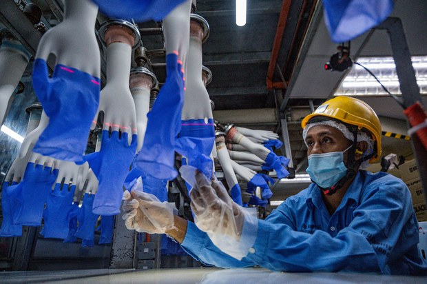 Malaysia's Top Glove: Working with US to Get Ban Lifted