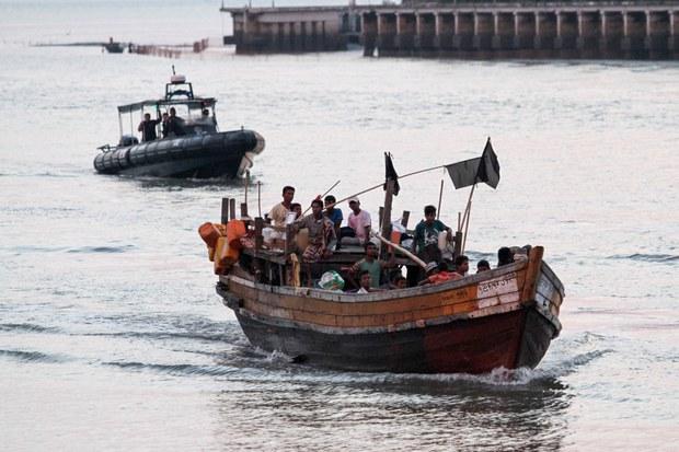 200609-MY-BD-Rohingya1000.jpg