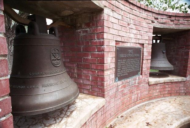 181113-PH-bells-1000.jpg