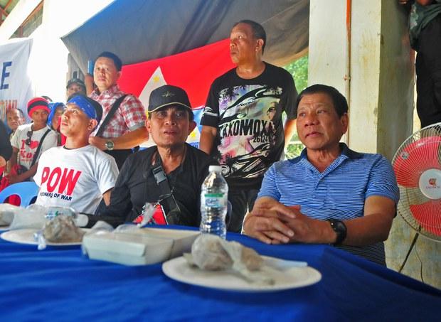 200810-PH-Duterte-NPA-1000.jpg