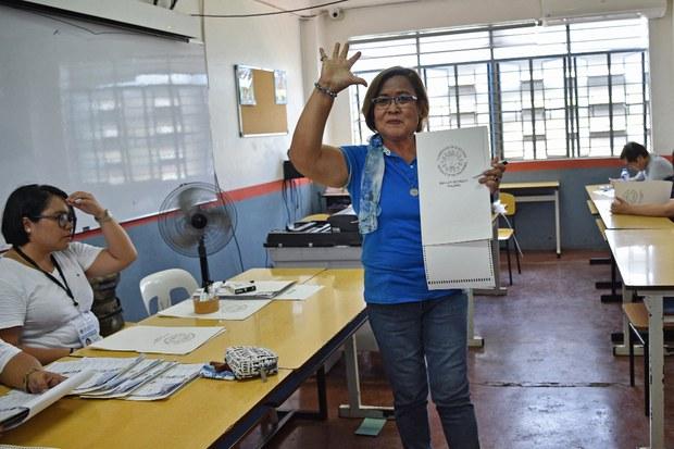 Philippine Court Acquits Jailed Duterte Foe on a Drug Charge