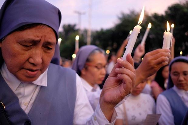 180709-PH-nuns-1000.jpg