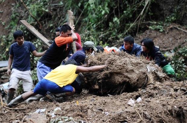 180924-PH-landslide-620.jpg