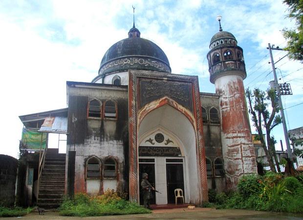 170718-PH-mosque-1000
