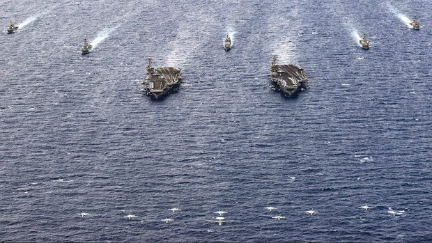 US Carrier Strike Groups, French Submarine Conduct South China Sea Operations