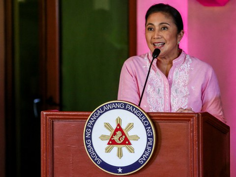 Philippine Vice President Leni Robredo, a 2022 candidate for president, holds a news conference in Manila to announce the slate of senate candidates who will support her in the election, Oct. 15, 2021.