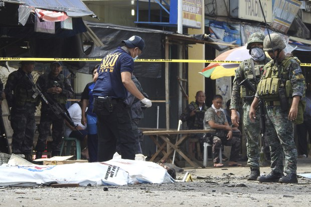 Philippine Commander: Suspected Indonesian Bomber Says Parents Forced Her to Join IS