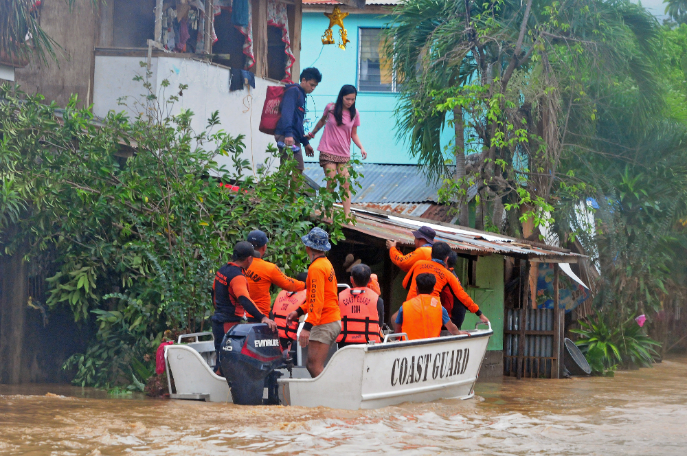 Philippines storm: 'never experienced a flood like it'