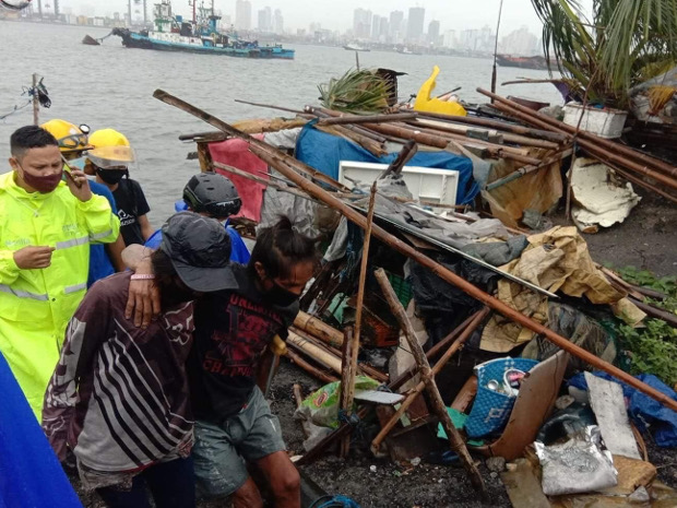 Rescuers relocating vulnerable people living near Manila Bay to a safer place as Typhoon Goni, the most powerful storm to strike the Philippines so far this year, barrels towards the heavily populated city, Nov. 1, 2020. [Handout/City of Manila]