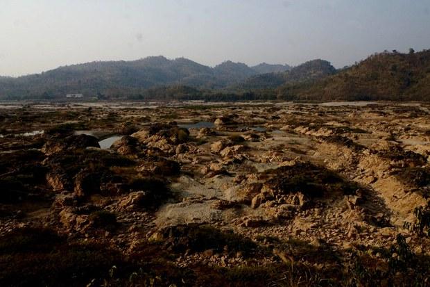 200417-TH-Mekong-drought-800.jpg