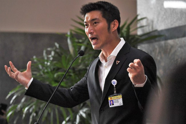 Future Forward Party leader Thanathorn Juangroongruangkit speaks to the media before the parliamentary vote for Thailand's new prime minister in Bangkok in June 5, 2019. [AFP]