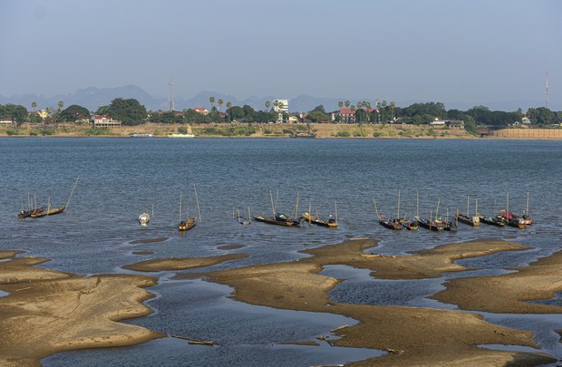 Mekong River's Blue Hue Blamed on Upstream Outflow Restrictions, Decreased Rainfall