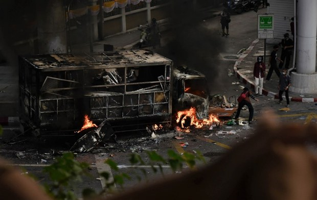 Rage over Govt's Covid Failure Fuels Violent Turn in Thai Protests