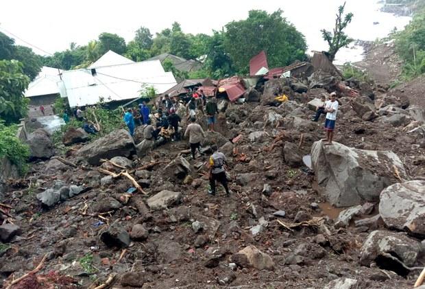 Lebih 100 Tewas, Puluhan Hilang Akibat Banjir dan Longsor di NTT