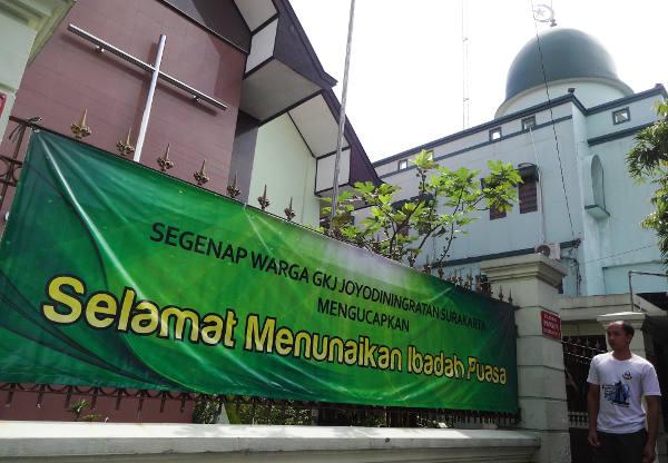 Gereja Dan Masjid Berdampingan Kesejukan Toleransi Di Solo