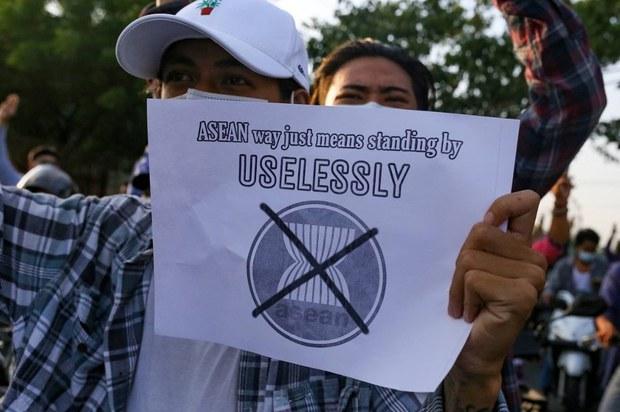 Indonesia Desak Beijing untuk Dukung Solusi Damai di Myanmar
