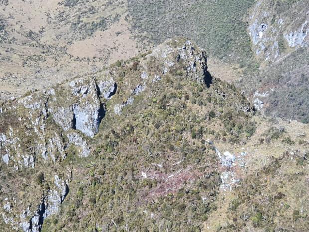 Foto udara lokasi jatuhnya Helikopter MI-17 milik TNI AD yang hilang kontak di Pegunungan Bintang, Papua, 10 Februari 2020. (Dok. Pendam XVII/Cendrawasih).
