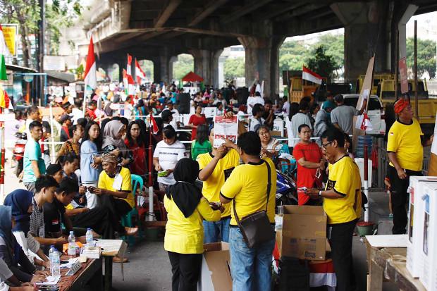 Suasana penghitungan suara usai pencoblosan di TPS Jalan Lodan, Ancol, Jakarta Utara, 17 April 2019. (Keisyah Aprilia/BeritaBenar)