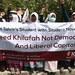 Anggota Hizbut Tahrir Indonesia berdemo menolak pelantikan Presiden Jokowi dan menuntut agar khilafah didirikan di Indonesia, Malang, Jawa Timur, 19 Oktober 2014.
